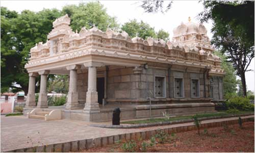 Sri_Narayanaswamy_Temple-rev